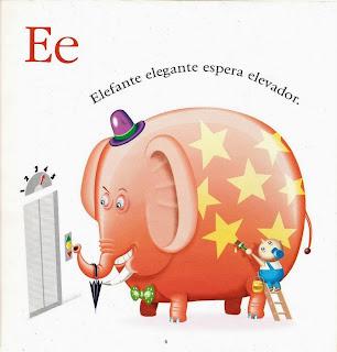Elefante elegante espera elevador
