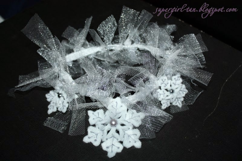 повязка со снежинками