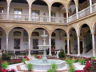 Sevilla - Patio Caja San Fernando 02