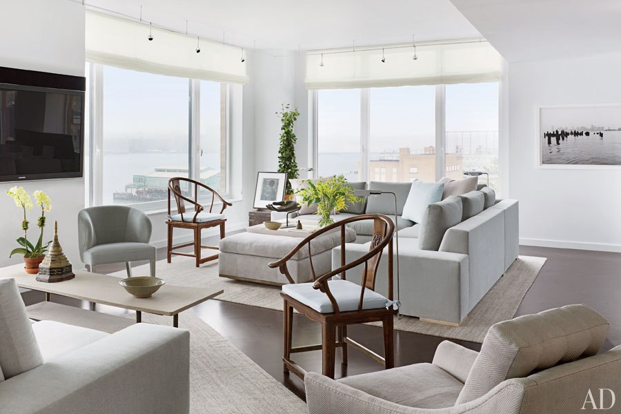 New home interior design a serene manhattan apartment by for Manhattan ny interior designer