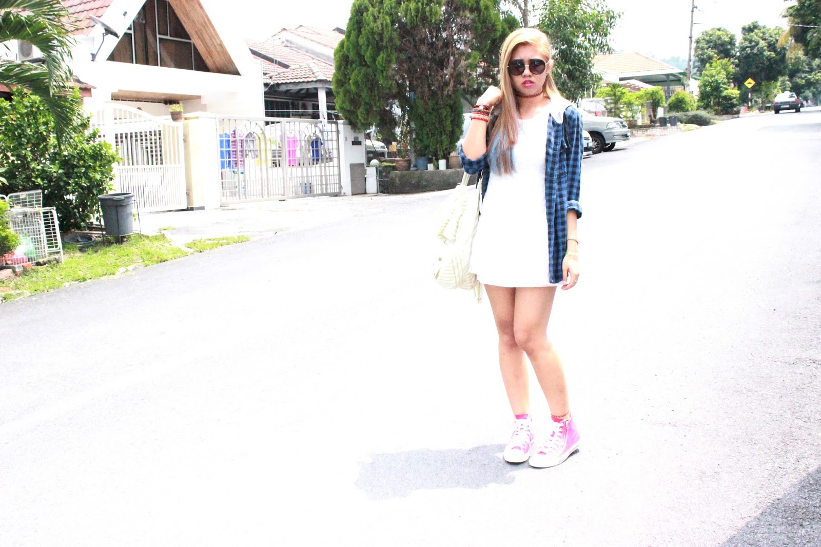 white dress , lookbook , cotton on , topshop , converse , red sneakers , grunge