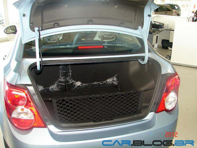 Chevrolet Sonic 2013 - porta malas