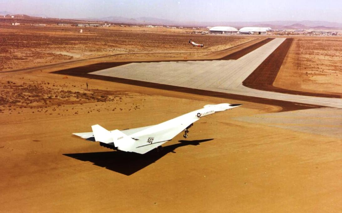 B-70 Valkyrie, Bomber Supersonic Aircraft Wallpaper 2