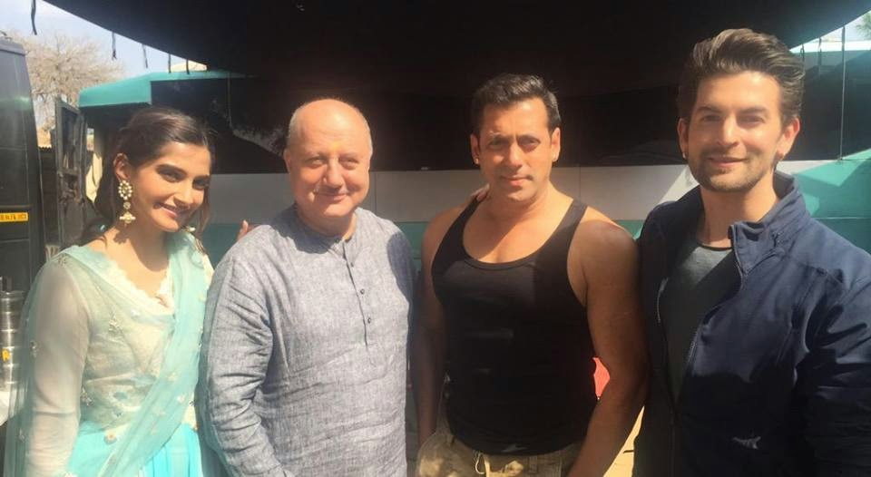 Sonam Kapoor with Salman Khan on the sets of  Prem Ratan Dhan Payo