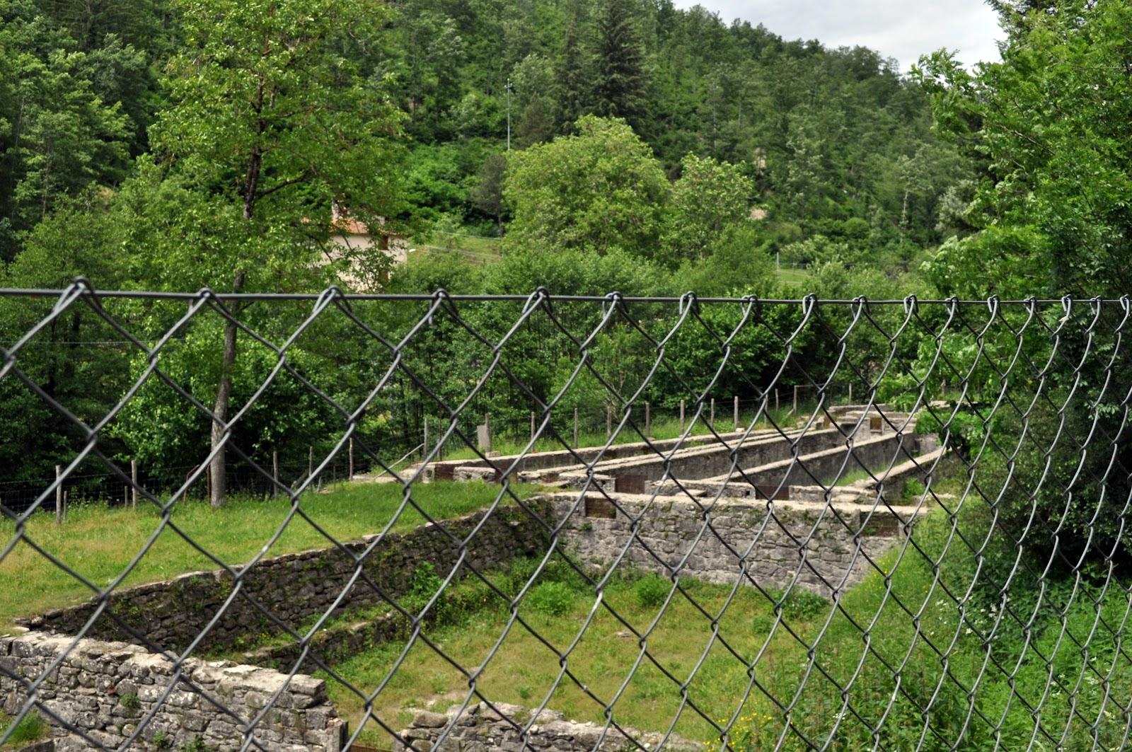 In viaggio nella natura toscana pietro l 39 ultimo mugnaio for Vasche per allevamento trote