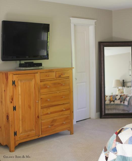 Pine Dresser via www.goldenboysandme.com