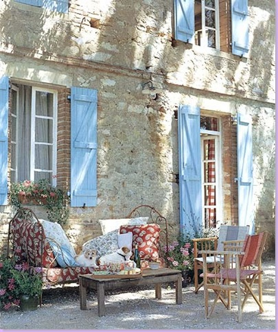 D cor de provence summers in france for Decoration maison francaise