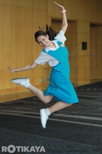 """Izara Aishah Dengan Uniform Sekolah Dalam """"Oh My English"""""""