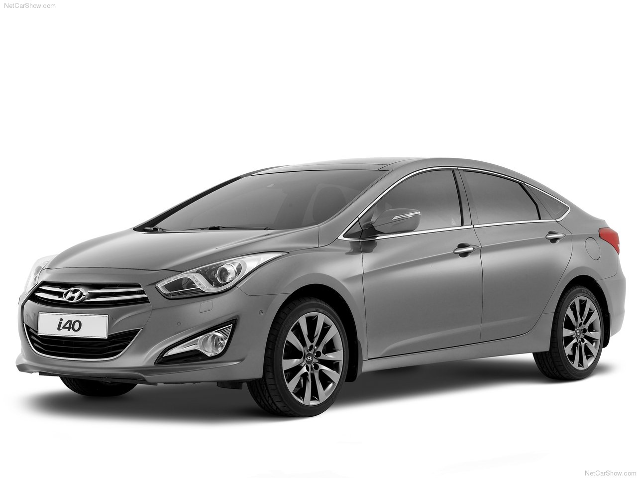http://3.bp.blogspot.com/-8tdxI02I8tY/TfAtV4ZR-ZI/AAAAAAAAC7M/oITjPX9ni9A/s1600/Hyundai-i40_2012_1280x960_wallpaper_02.jpg