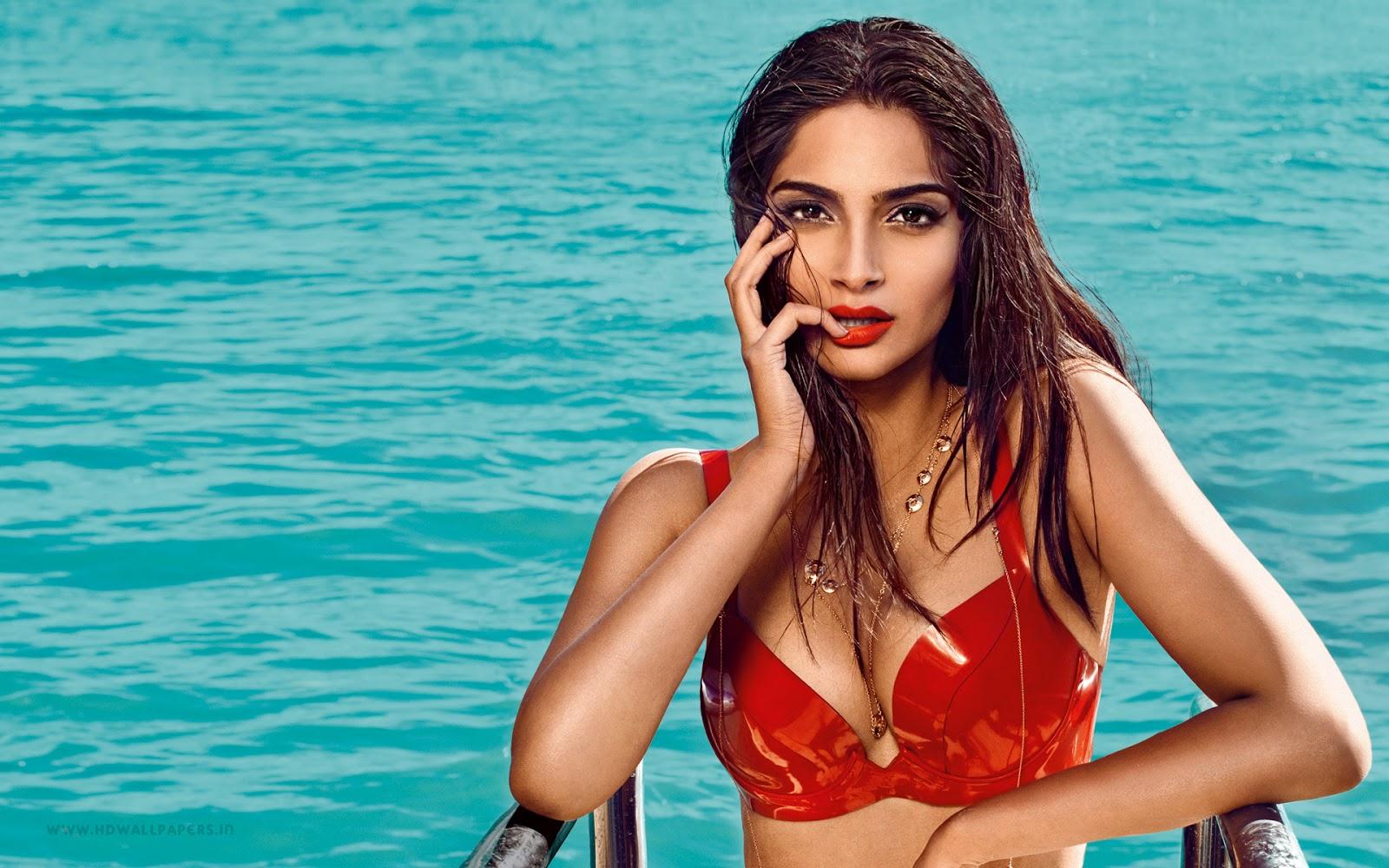 Bollywood Actress Sonam Kapoor Hot Wallpaper HD
