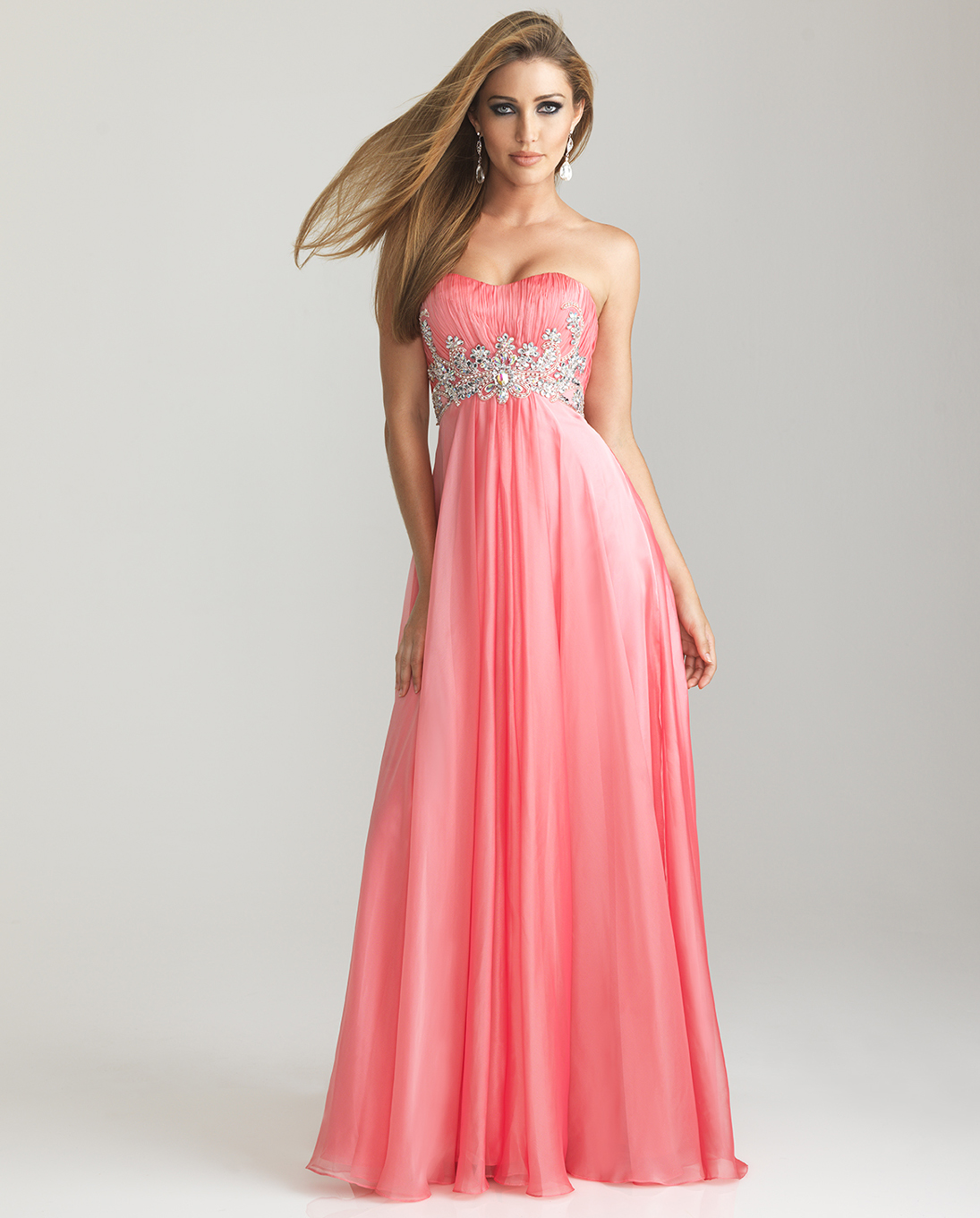 Blog of Wedding and Occasion Wear: Prom Dresses for Short Girls