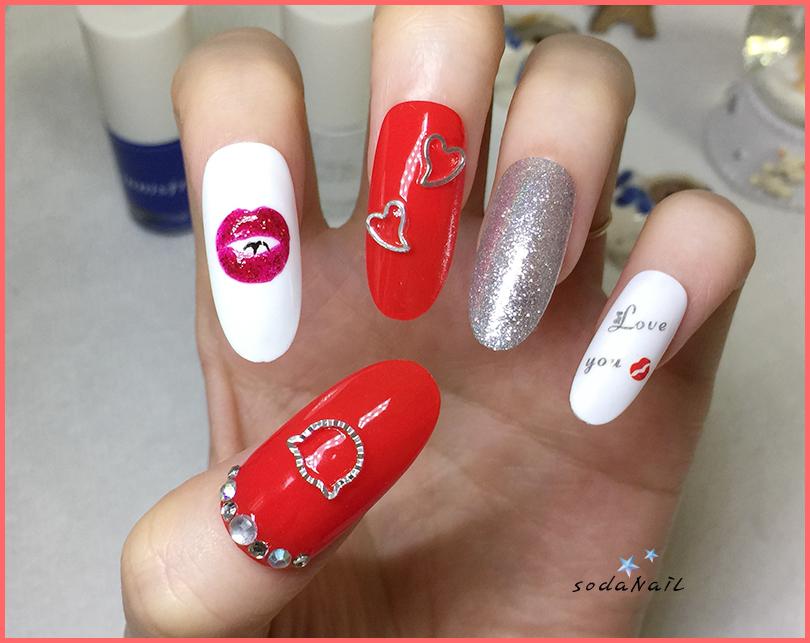 sodaNaiL: Self lip nail art design~!!