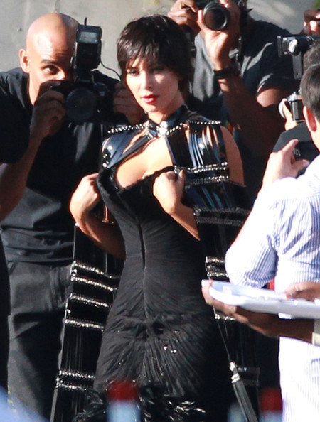 Short Hair Kim Kardashian - New Kim Hairstyle