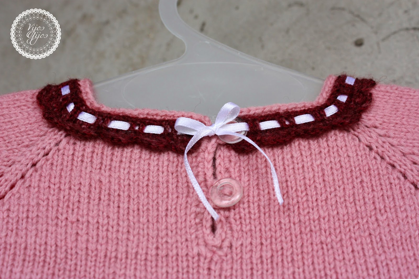 servetėlinė suknelė mezgimas