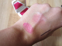 Cheeky kiss 'n' tell bed of roses lip and cheek tint
