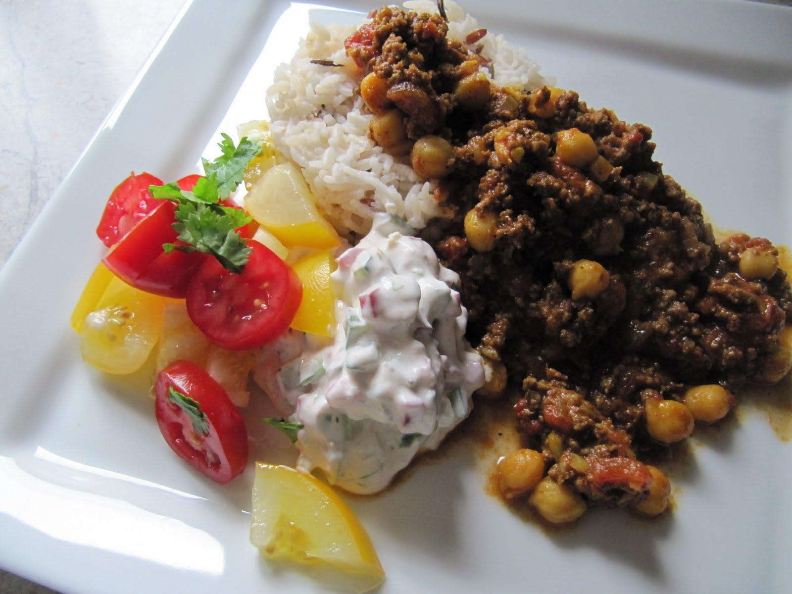 lækker risret med oksekød og ananas