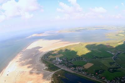 St. Peter-Ording: Fotos eines Tandem-Fallschirmabsprunges über dem ordinger Strand 43