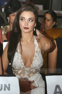 Amy Jackson Spotted at an event massive Cleavages Exposure