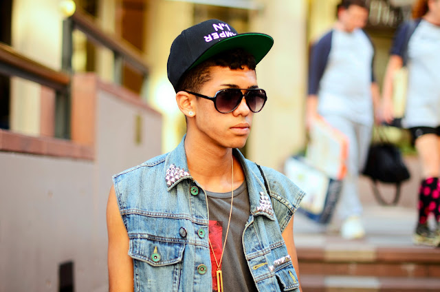 Fashion, Style, Design, Street Snaps, Candid, Madison Square Garden, Denim Jacket, Ballcap