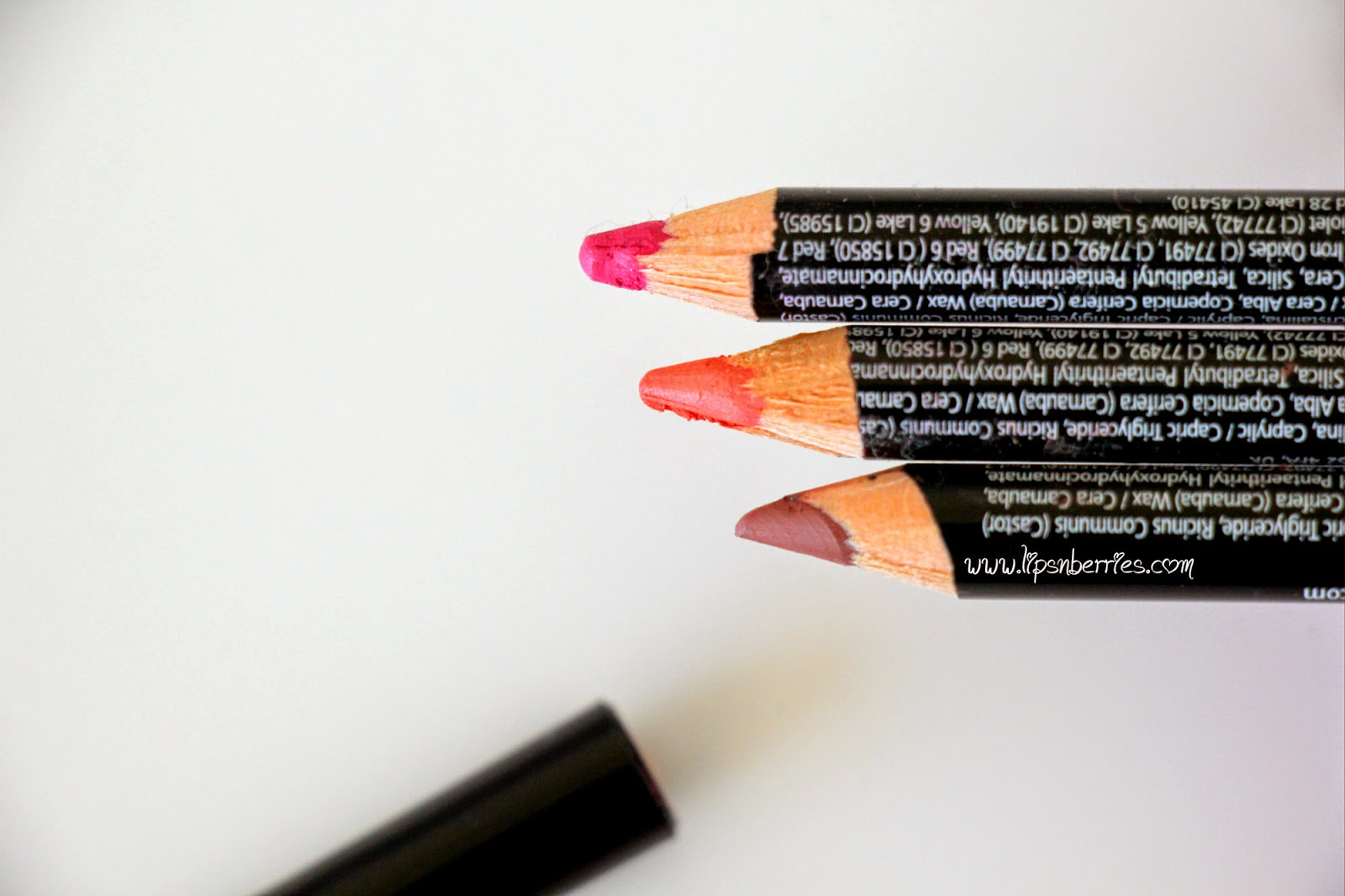 NYX Lipliner review - Natural- Coral- Pinky