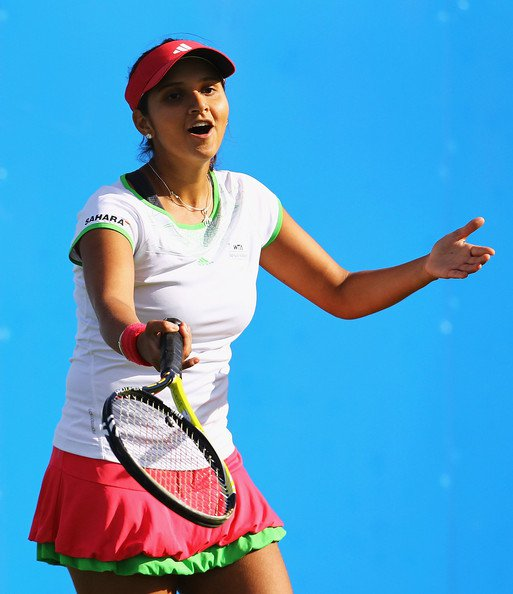 sania mirza aegon open clic - august 2011 hot images