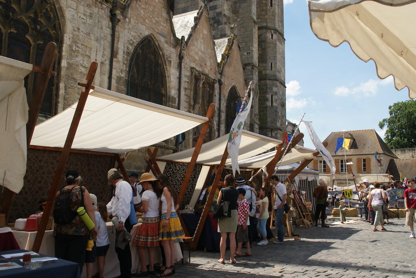 Bienvenue aux artisans march m di val de dourdan f te m di vale de dourdan - Office de tourisme dourdan ...