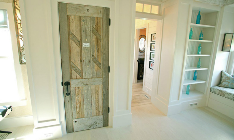 Interior Door Cottage Designs