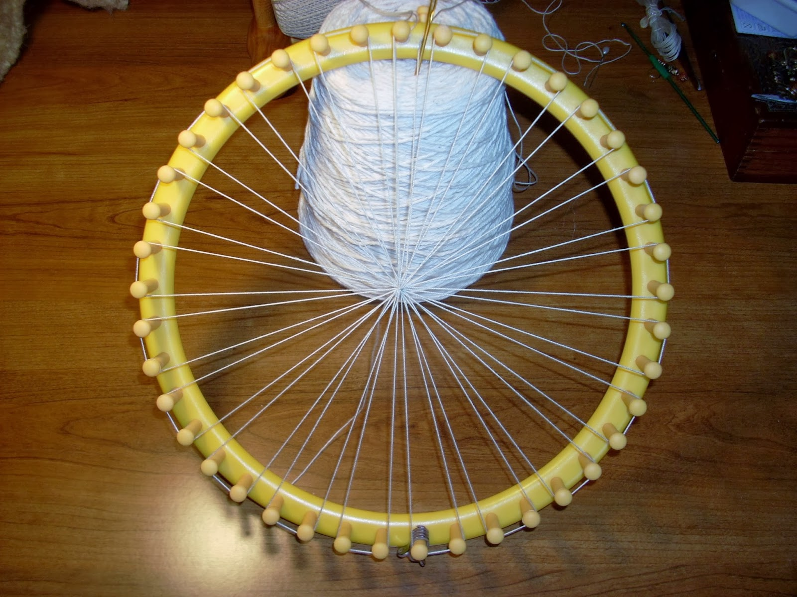 Heartsong Studio Warping A Knifty Knitter Loom For Weaving In The Round