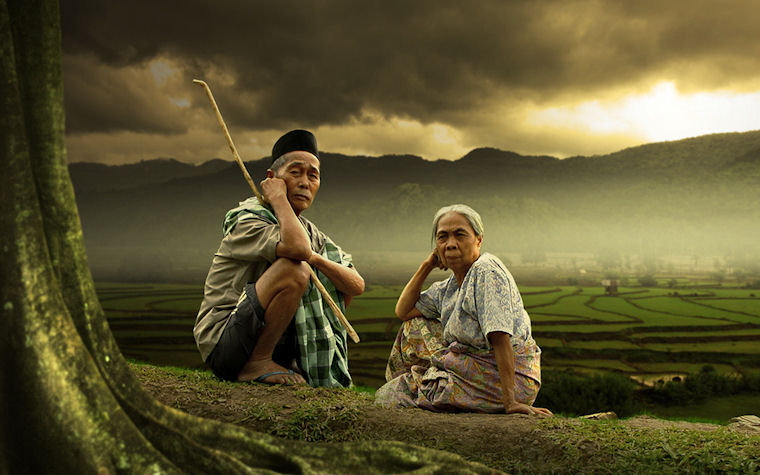 Ancianos en el crepúsculo - Old and dusk by Alamsyah Rauf