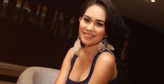 Profil Biodata Kartika Putri