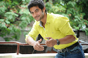 Hero Adi Handsome looking Photos Gallery-thumbnail-4
