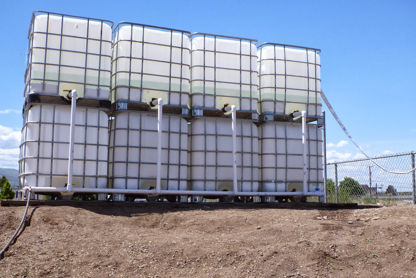 Water Tank Irrigation System : Freedom gardens gravity fed drip irrigation