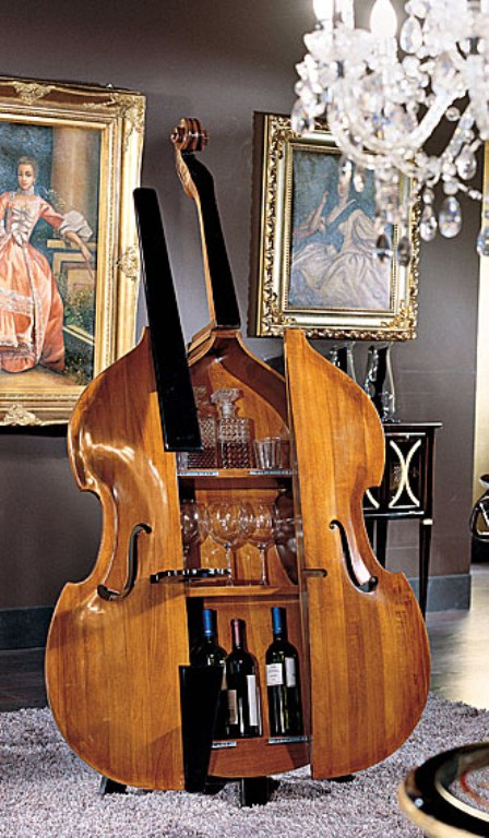 Good company more decorating ideas for musicians for Violin decorating ideas