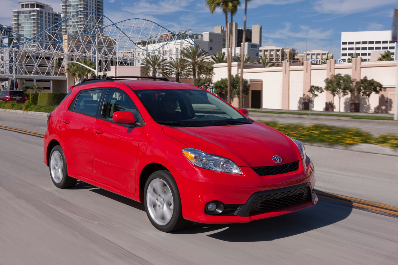 2011 TOYOTA MATRIX HD WALLPAPER