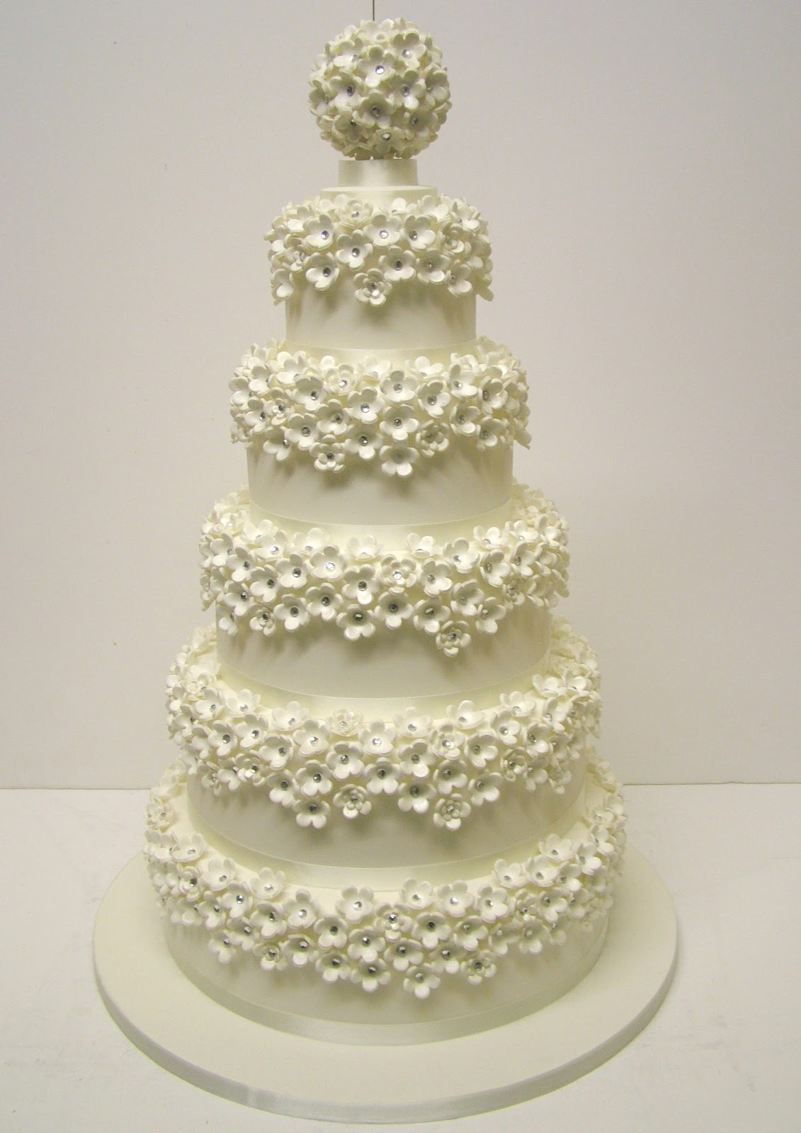 TerryTangDesignerCakes2 - Cakes <3 on SACHI DOSTI bday :P