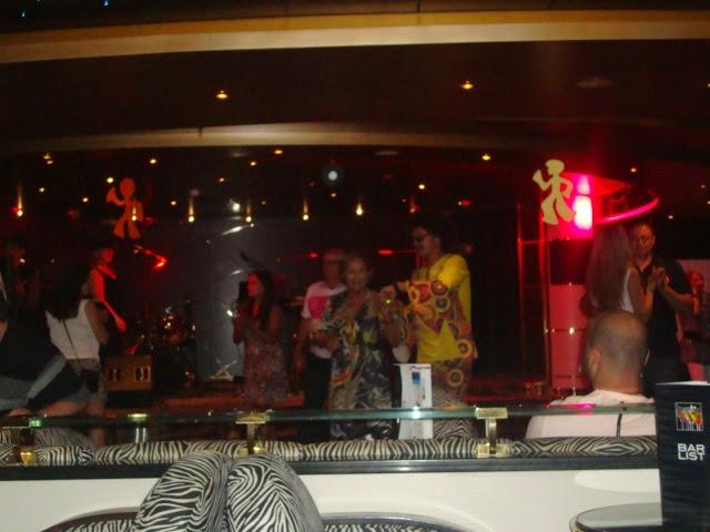 Noite Anos 70, no navio MSC Poesia