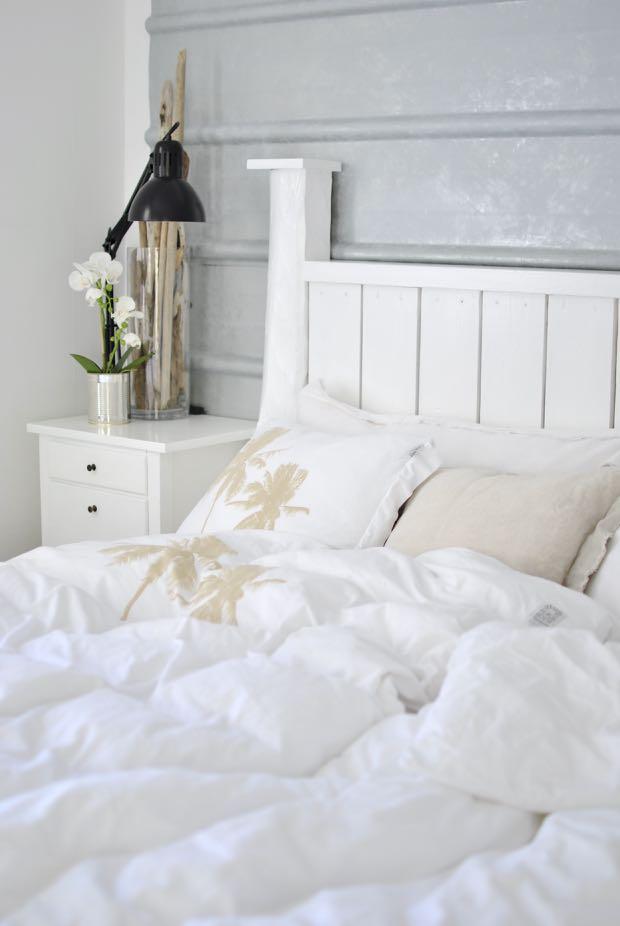 hannashantverk.blogspot.se sovrum beach house jersey sheets palm tree sänggavel pannplåt