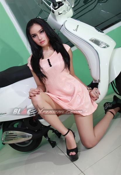 Angel Aqilla, Sexy BlackXperience Model Pict Juli 2013
