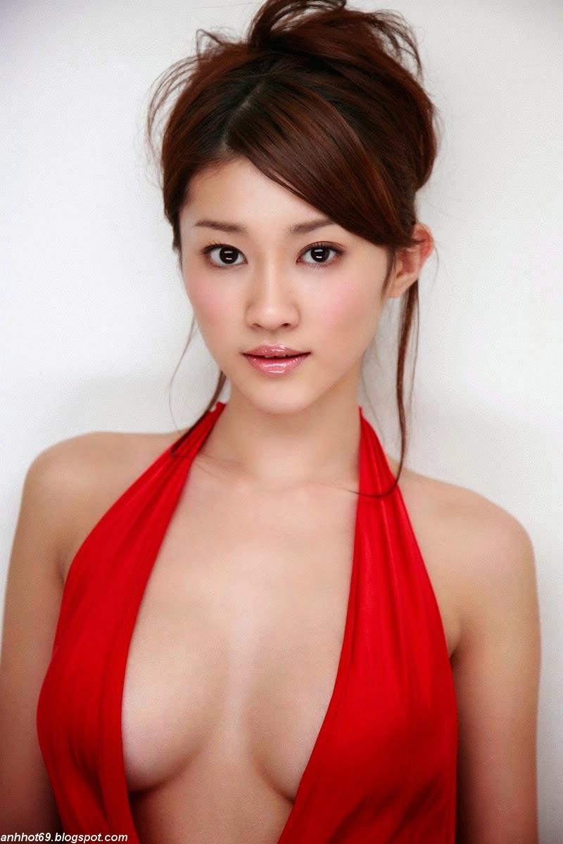 mikie-hara-00538694