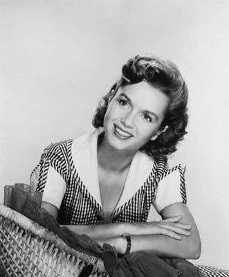 Young Debbie Reynolds Love Those Clas...