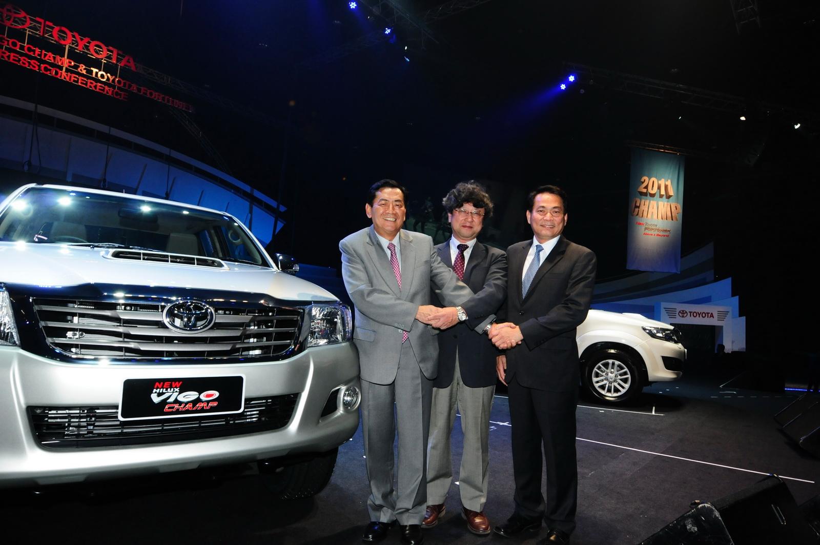 Images : 2012 Toyota Hilux (Hilux Vigo Champ for Thailand Market)