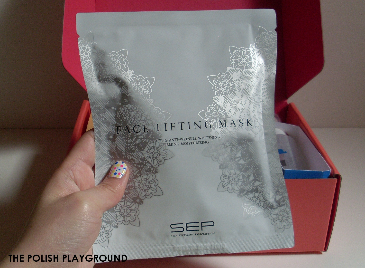 Memebox Luckybox #1 Unboxing and First Impressions - Sep Face Lifting Mask