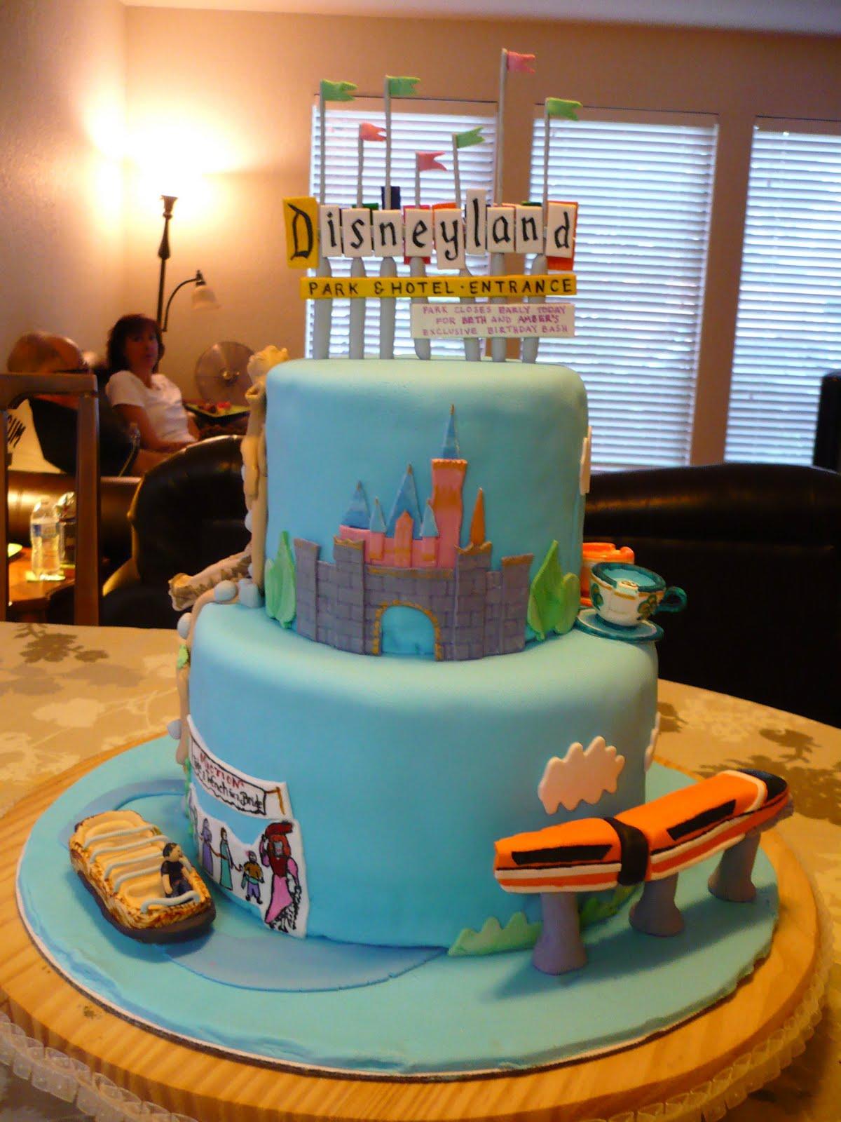The Wright Report: DISNEYLAND CAKE!