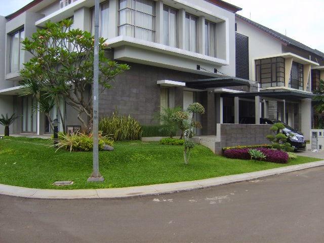 http://tukangtamanqu.blogspot.com/2014/11/taman-rumah-indah-pembuatan-taman.html