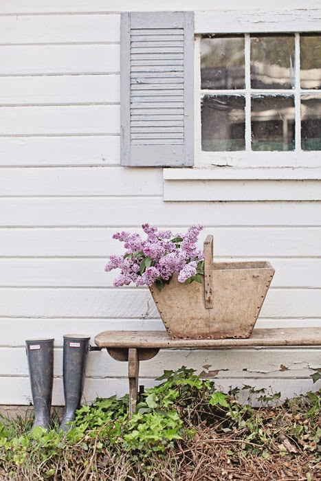 A dreamy white home packed with antiques | my scandinavian ...