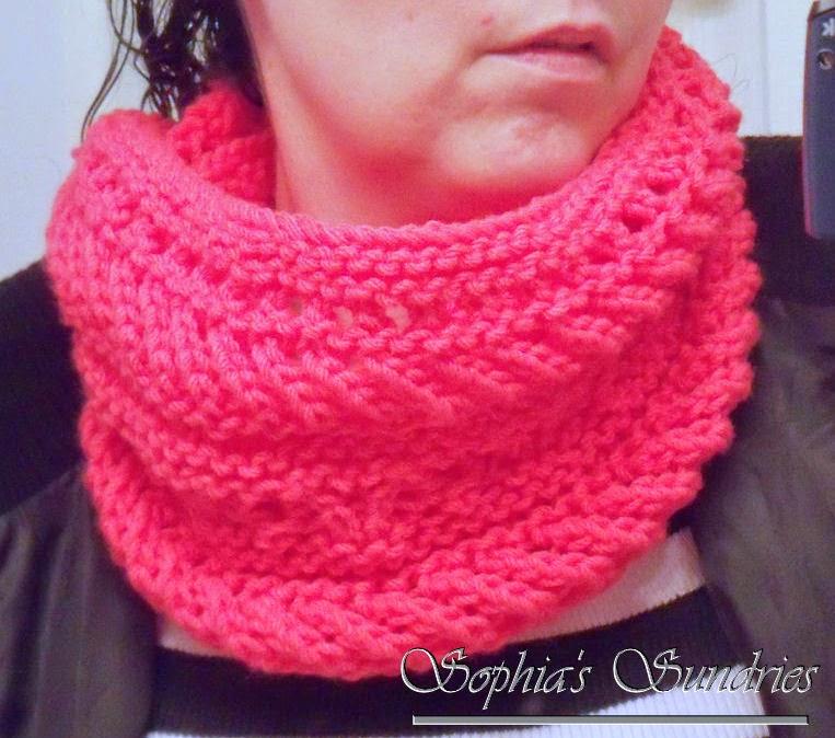 Knitting: Garland Cowl for Me Sophias Sundries