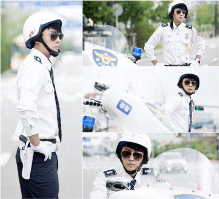 Download Mrs. Cop Subtitle Indonesia