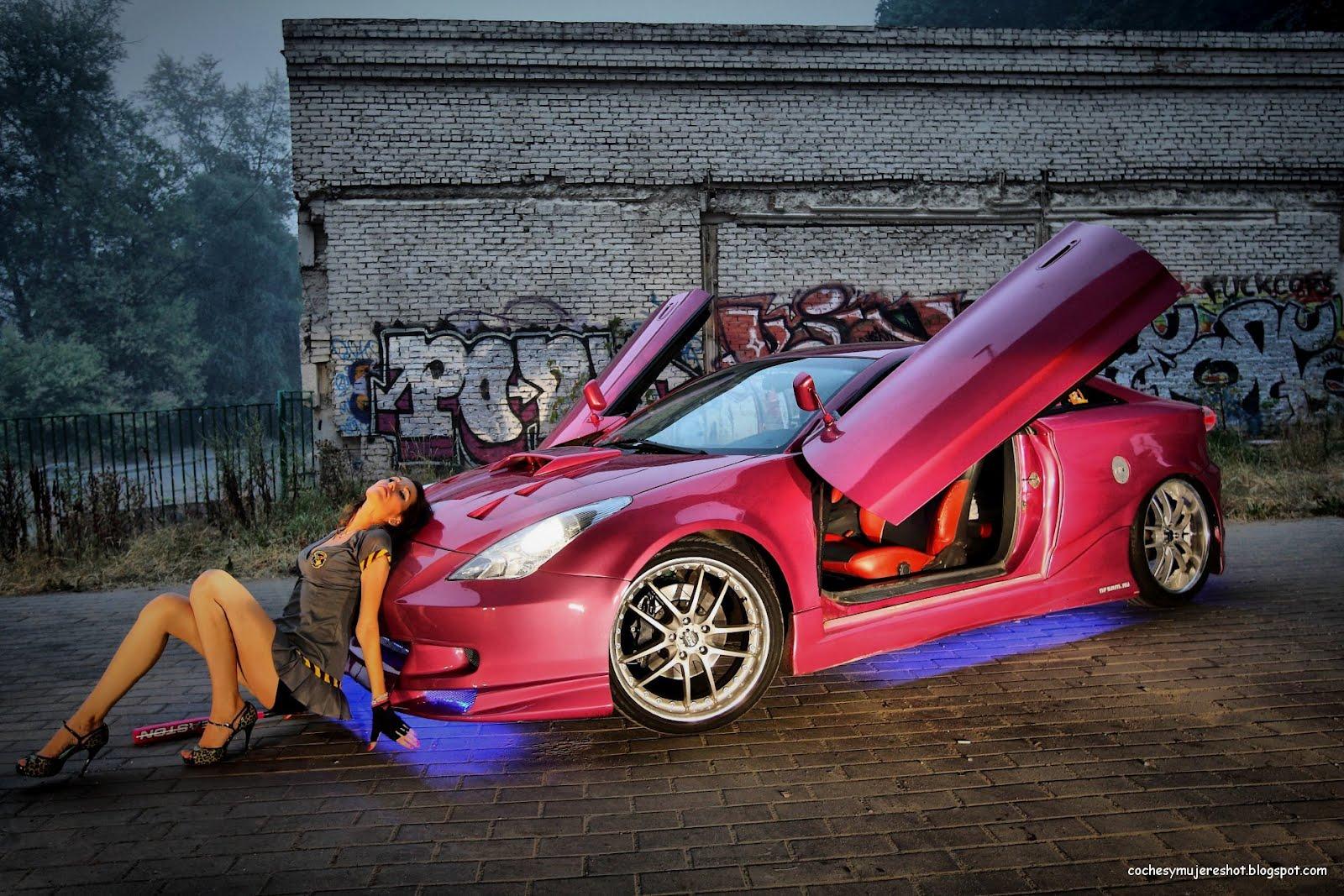http://3.bp.blogspot.com/-8xzs3z0BU7c/T4GdVeoKTYI/AAAAAAAAAxQ/svw3_jWWg4s/s1600/coches-mujeres-tuning-car-walllpapers-fondo-pantalla-nfs-diosa-custom-guapa.jpg