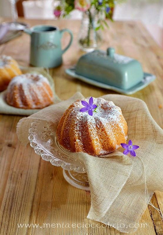 http://www.mentaecioccolato.com/2014/08/chiffon-cake-al-limone-rinominata.html