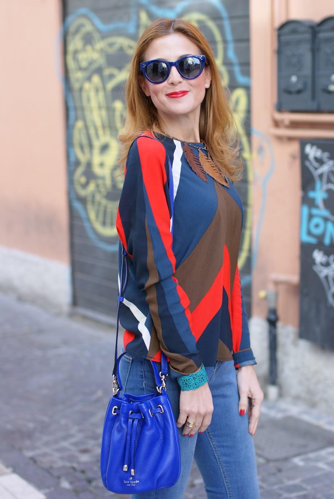 Kate Spade Wyatt mini bucket bag and Zara blouse on Fashion and Cookies fashion blog, fashion blogger style